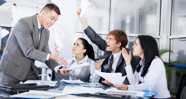 Kerja Tim Berantakan? 5 Cara Praktis Mengembangkan Kinerja Tim Anda